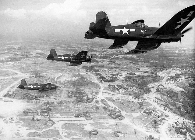 Corsairs_Okinawa_10_Jun_45